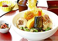 【黒川本家】季節の葛あんかけ丼はいかがですか?