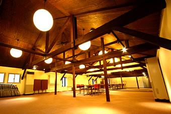 管理センター(1階) / 夢風ホール(2階)